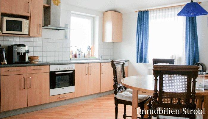 immobilien strobl in salzburg vermietet einmalige 4 zimmer maisonette im herzen von. Black Bedroom Furniture Sets. Home Design Ideas